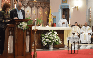 Sir Rateb Rabie and Lady Rocio Rabie presenting the St. Gabriel Catholic Church with the urn containing the soil from the grotto of the Basilica of the Annunciation in Nazareth
