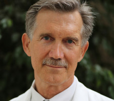 Dr. William Starr MD FACS Plastic Surgeon