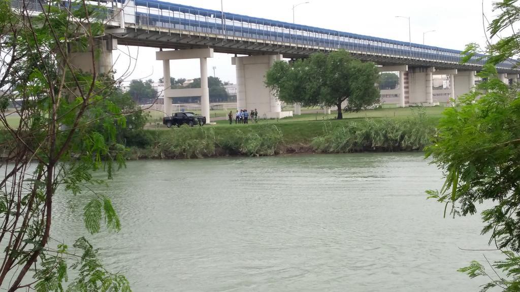 Captan a cocodrilo de más 3 metros en pleno Río Bravo