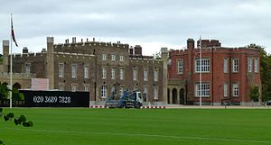 300px-2015_London-Woolwich2C_Royal_Military_Academy_01
