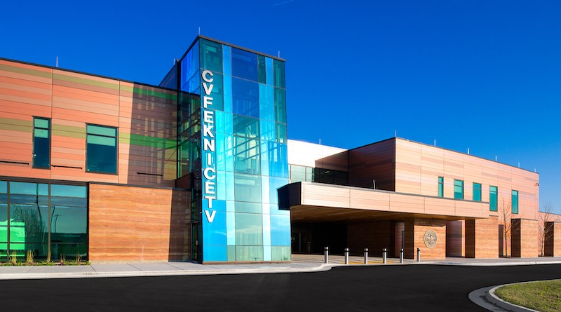 Insulated Metal Panels Provide Signature Look for New Oklahoma Hospital