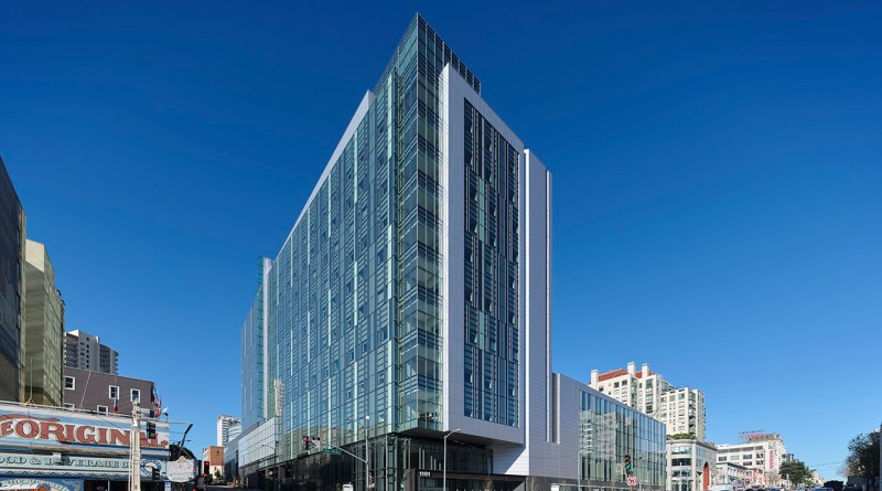 Dynamic New San Francisco Hospital Opens its Doors