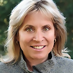 Lynn Barr headshot