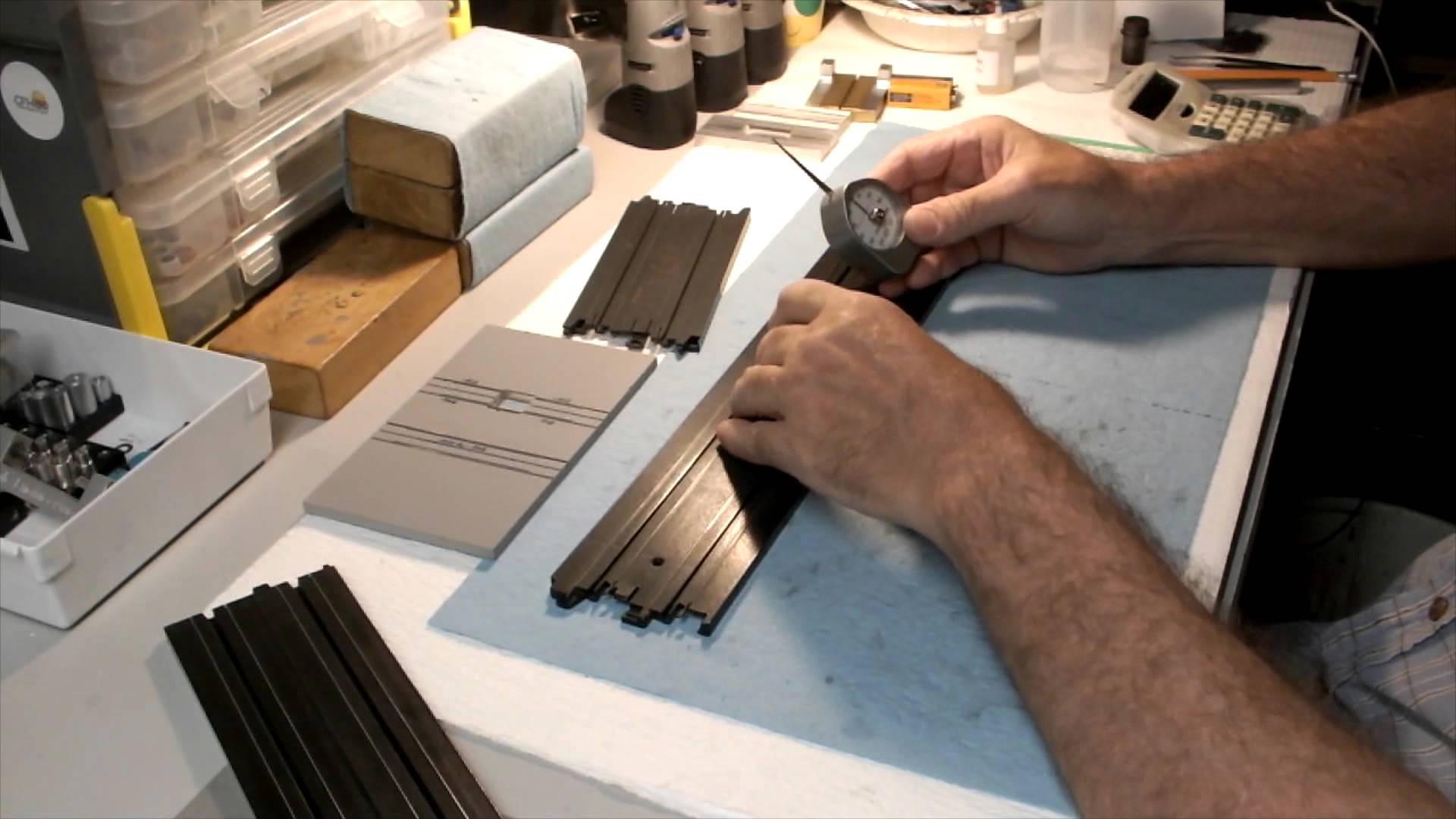 evaluating ho slot car track rails hc slots. Black Bedroom Furniture Sets. Home Design Ideas