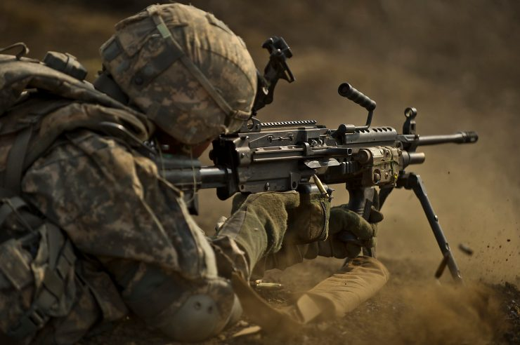 Hawaii's Stryker Brigade soldiers conduct realistic combined live fire exercise