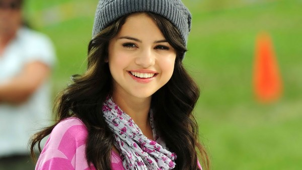 images of selena gomez