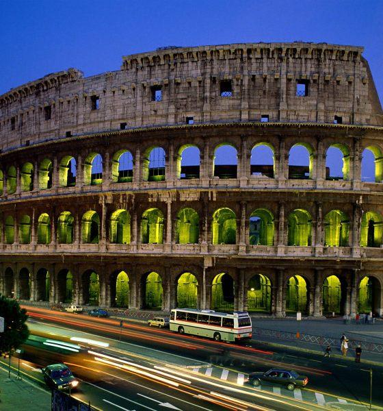 colosseum rome wallpaper