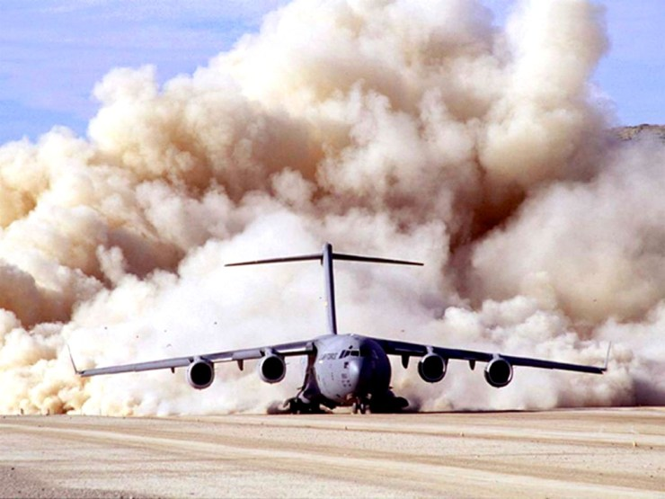 landing plane wallpaper