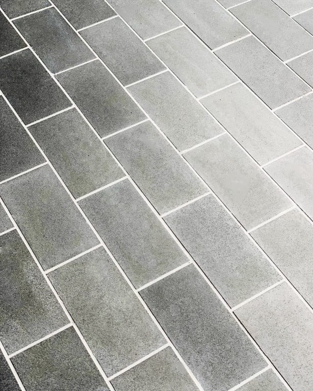 4 tips for choosing grout color