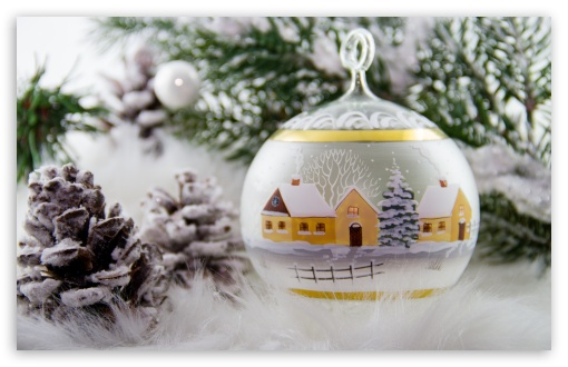 Gl Christmas Tree Decorations Hd Wallpaper