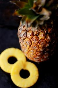 pineapple wallpapers mobile size