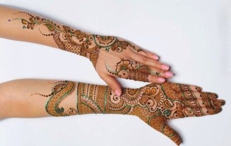 Stylish-front-and-back-mehandi-design