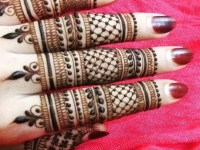 beautiful fingers Henna mehndi designs