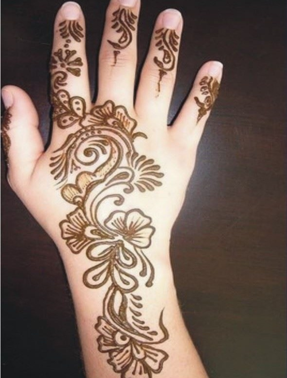 Henna-Designs-for-Kids-Hands backside and wrist
