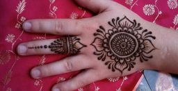 Mehndi-designs-for-kids