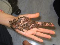 Simple-mehndi-designs-that-is-awesome for kids