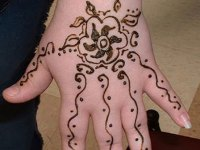 full-backhand-mehndi-designs for children