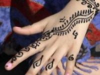 kids-mehndi-designs-backhand