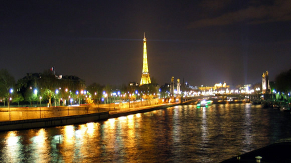 Paris by Geoff Morrison 2.4 anamorphic on 16x9