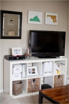 41 DIY TV Gallery Wall Inspirations & How Tos 11