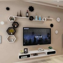 41 DIY TV Gallery Wall Inspirations & How Tos 41