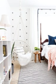 54 Aesthetic Teenage Bedroom Ideas Redecorating On A Budget 3
