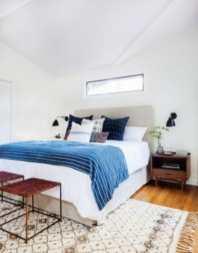 54 Aesthetic Teenage Bedroom Ideas Redecorating On A Budget 38