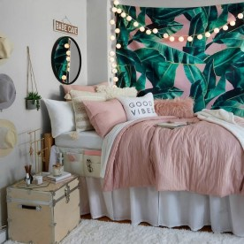 54 Aesthetic Teenage Bedroom Ideas Redecorating On A Budget 9