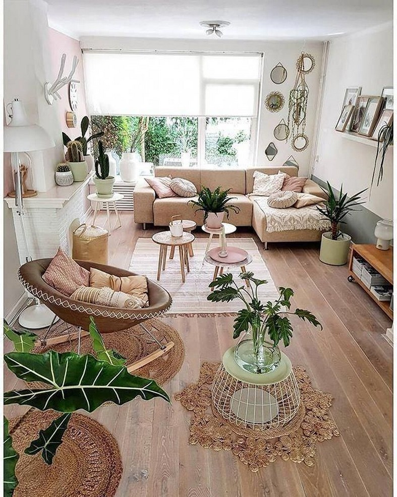 28 Living Room Furniture and Furnishings Home Decor 4