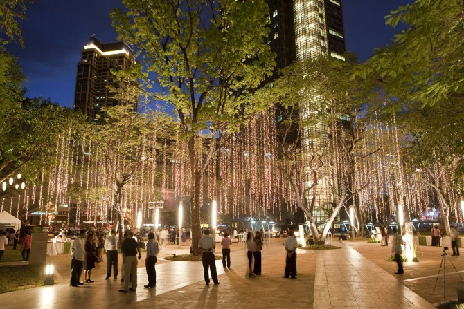 Ayala Triangle Garden, Makati City, Philippines, Credit: AECOM