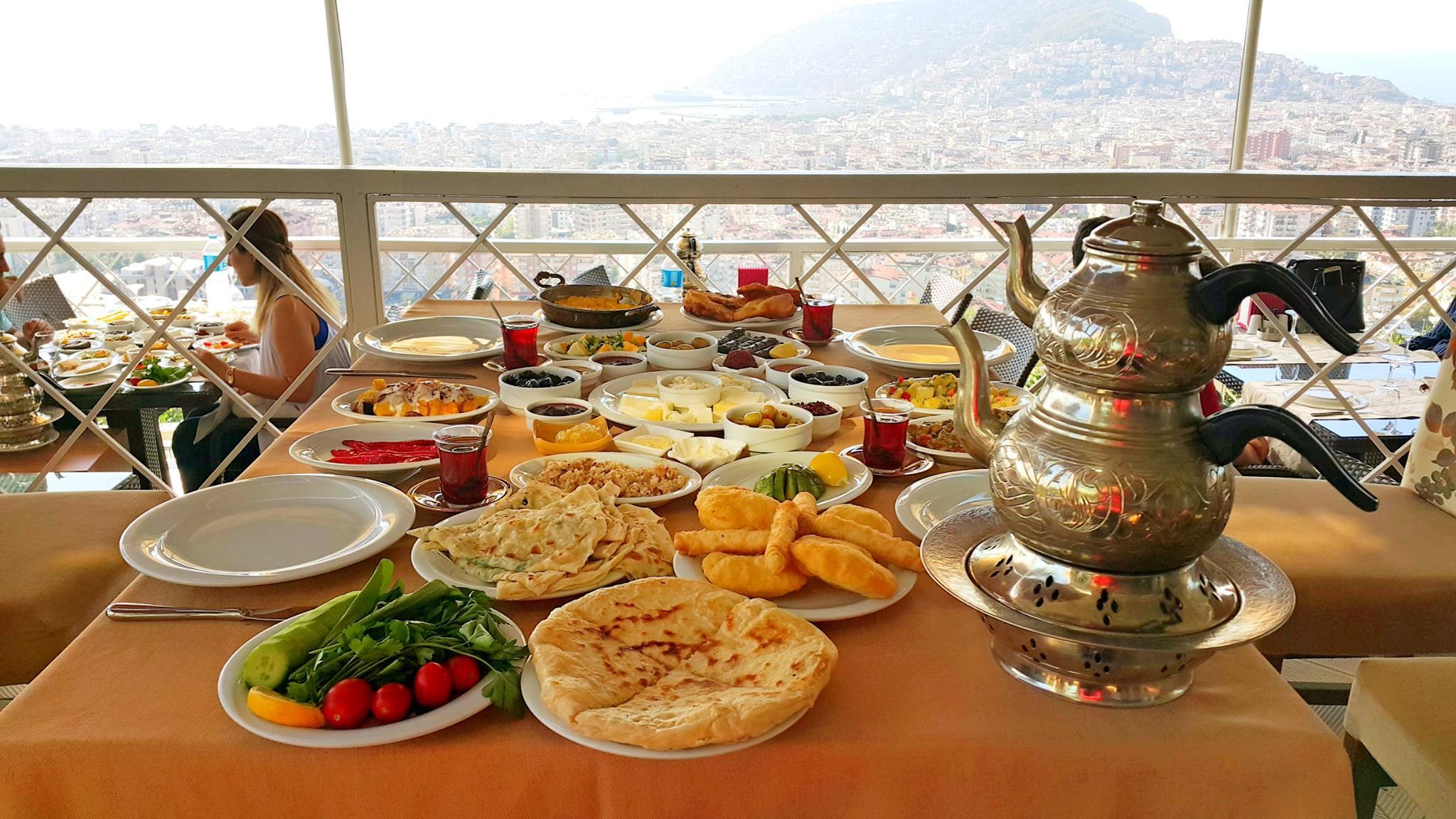 Alanya Keyf-i Ala 0 242 522 00 58 haftasonu gidilecek yerler serpme van köy kayvaltısı en iyi restaurant