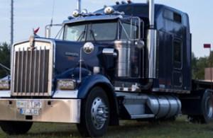 trucking companies, trucking directory, truck company lists, truck owner lists, trucking company executives