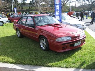 800px-holden_commodore_vl_hdt_ss_group_a
