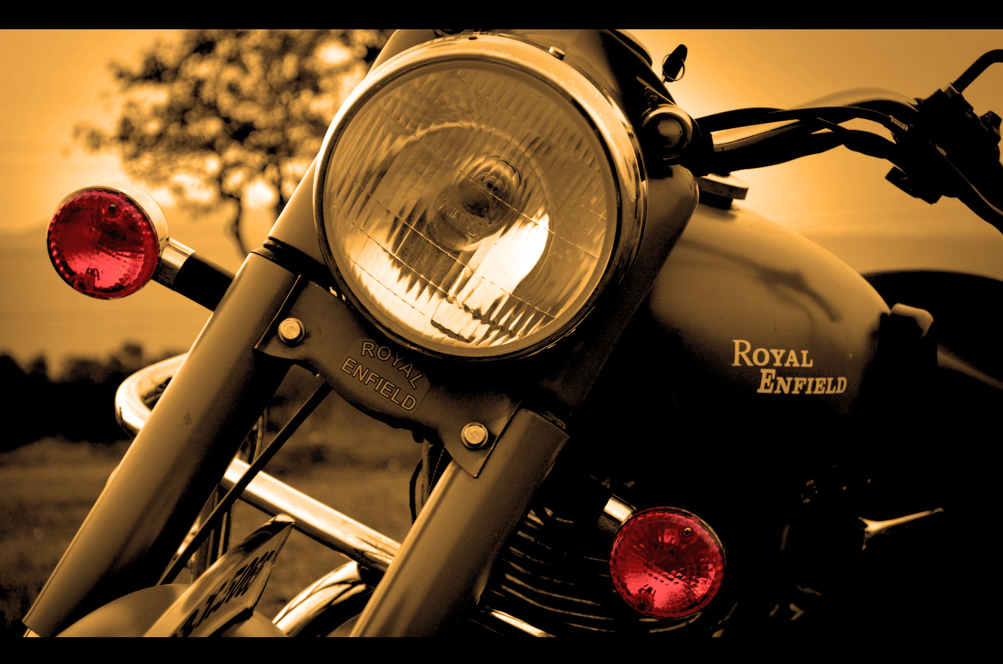 Royal Enfield HD Wallpaper Collections