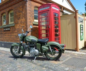 2011-RoyalEnfield-BulletC5MilitaryEFIc