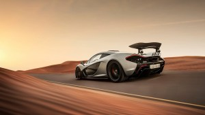 mclaren_p1_supercar_speed_desert-3840x2160