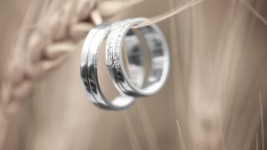 Love-Diamonds-Wedding-Rings