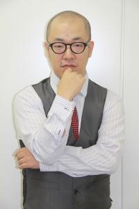 ルシファー吉岡は島根県出身だけど高校はどこ?年齢の割に芸歴長い?