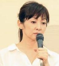 斉藤由貴の大股開き写真&パンツ被り画像流出で長期休業?旦那と離婚も秒読みか?