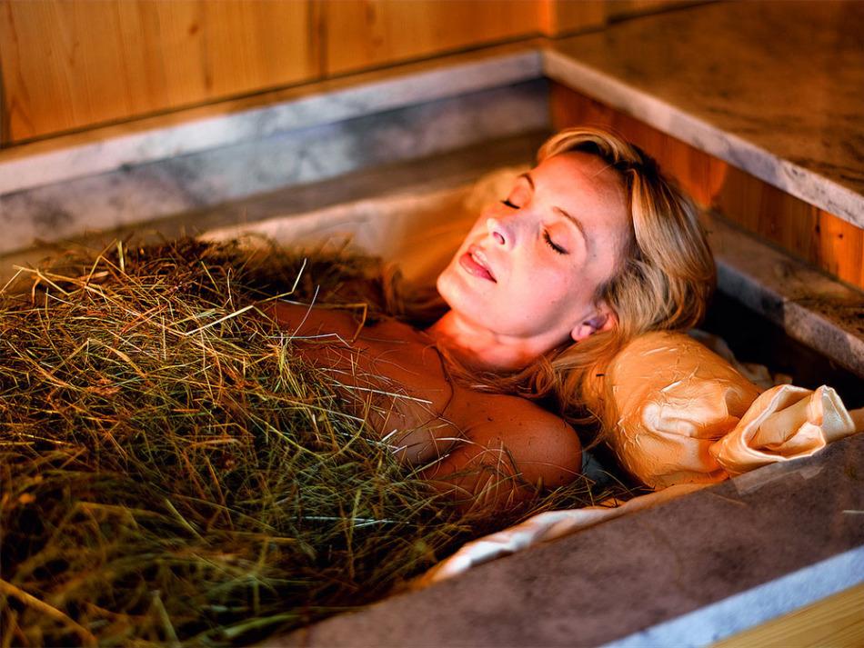 Можно ли при сухом кашле греться в ванной при