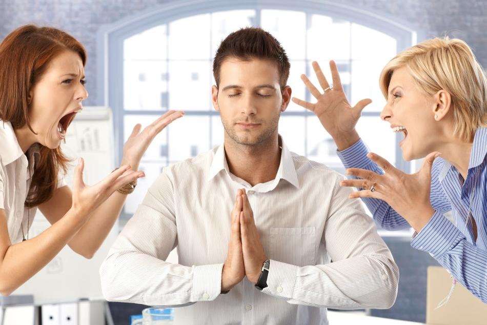 Заговор как избавиться от присосок влияния энергетического вампира. Молитва защищающая от энергетических вампиров