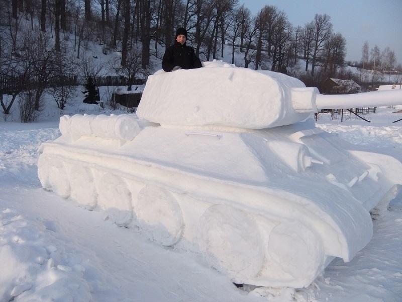 从雪地创立的大坦克