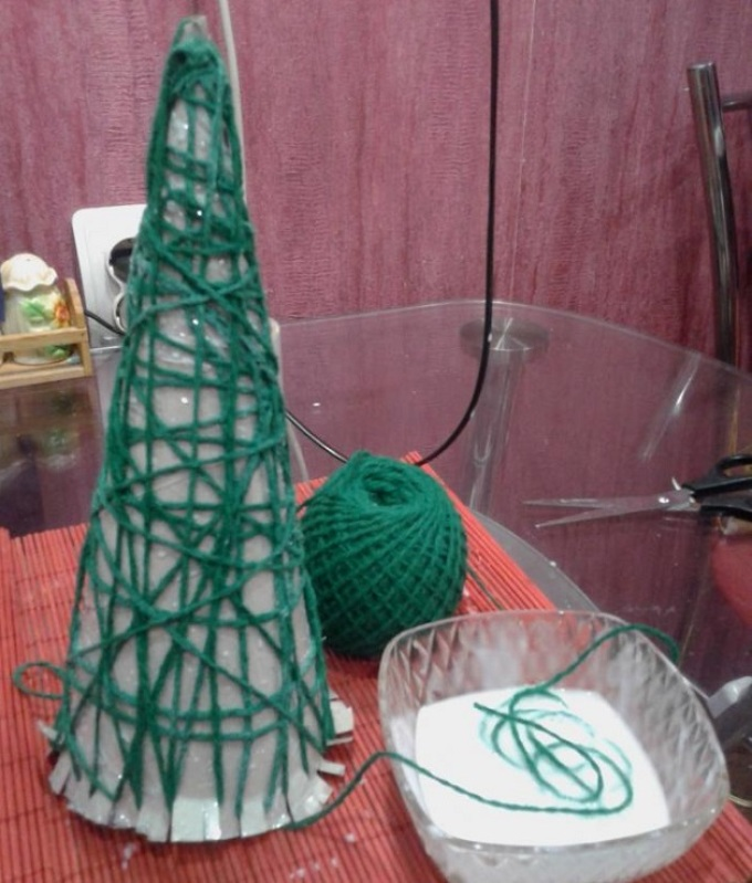 مخروط برای درختان کریسمس