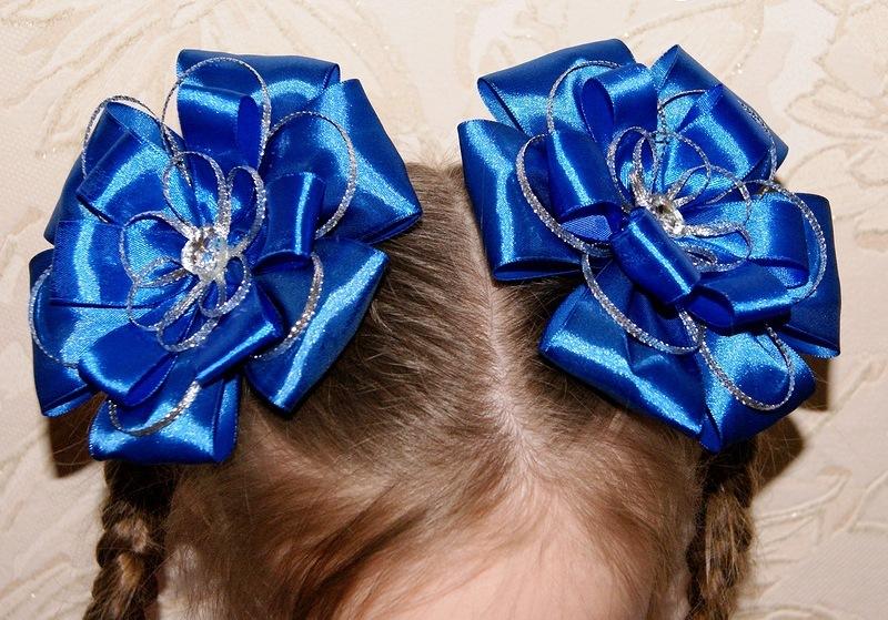 Как сделать бант на волосы?