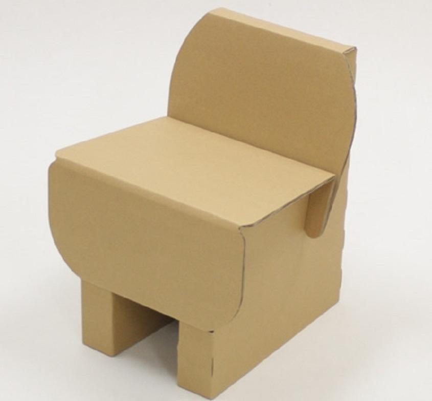 Karton szék babákhoz