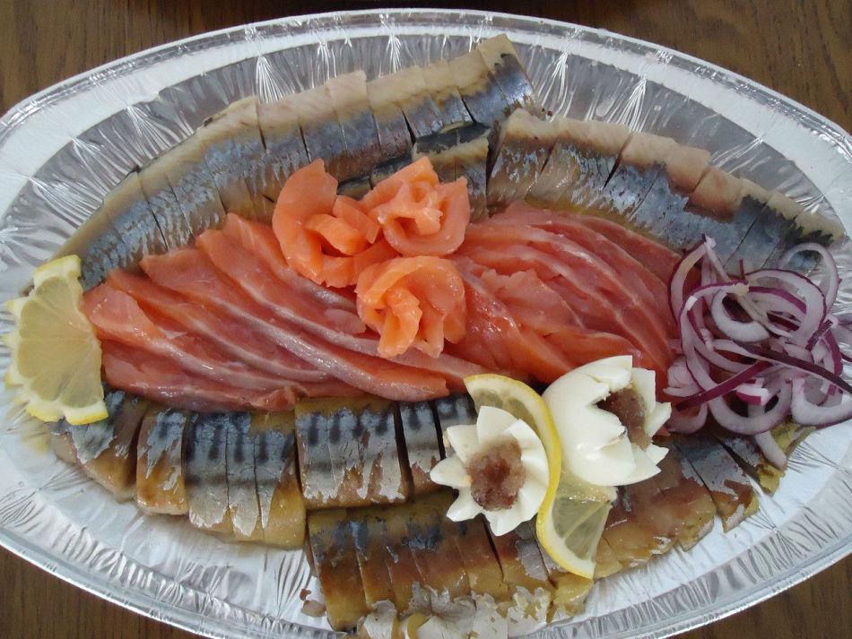 Красивая сервировка рыбы