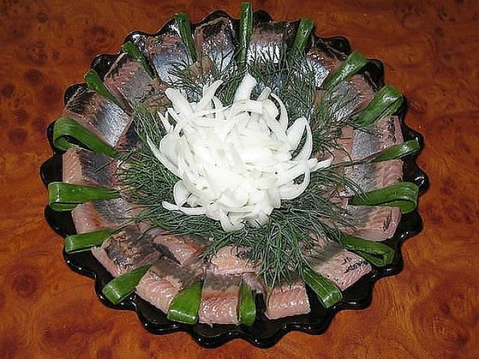 Оригинальное и красивое оформление блюда из рыбы