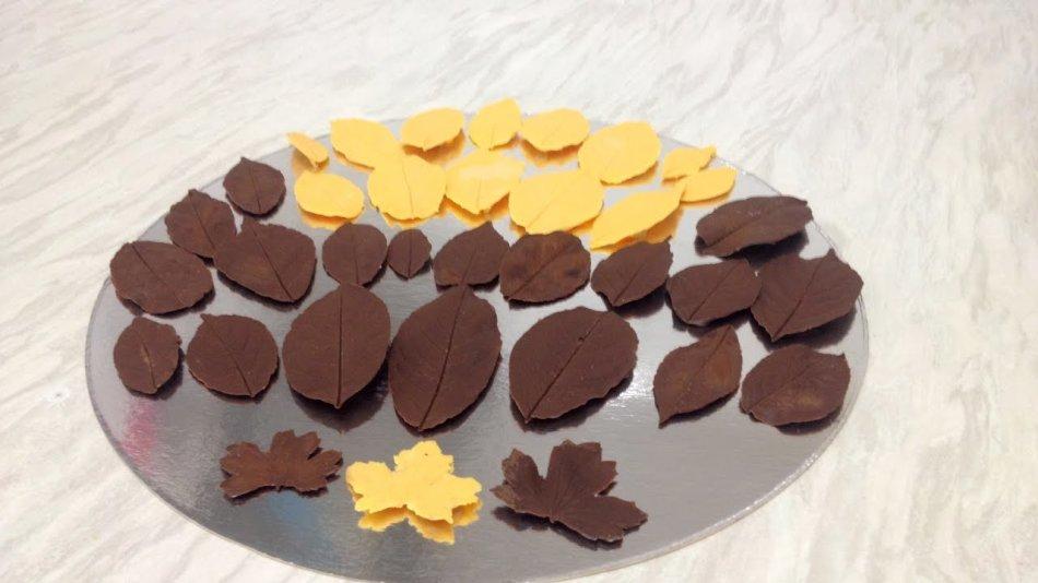 Csokoládé levelek