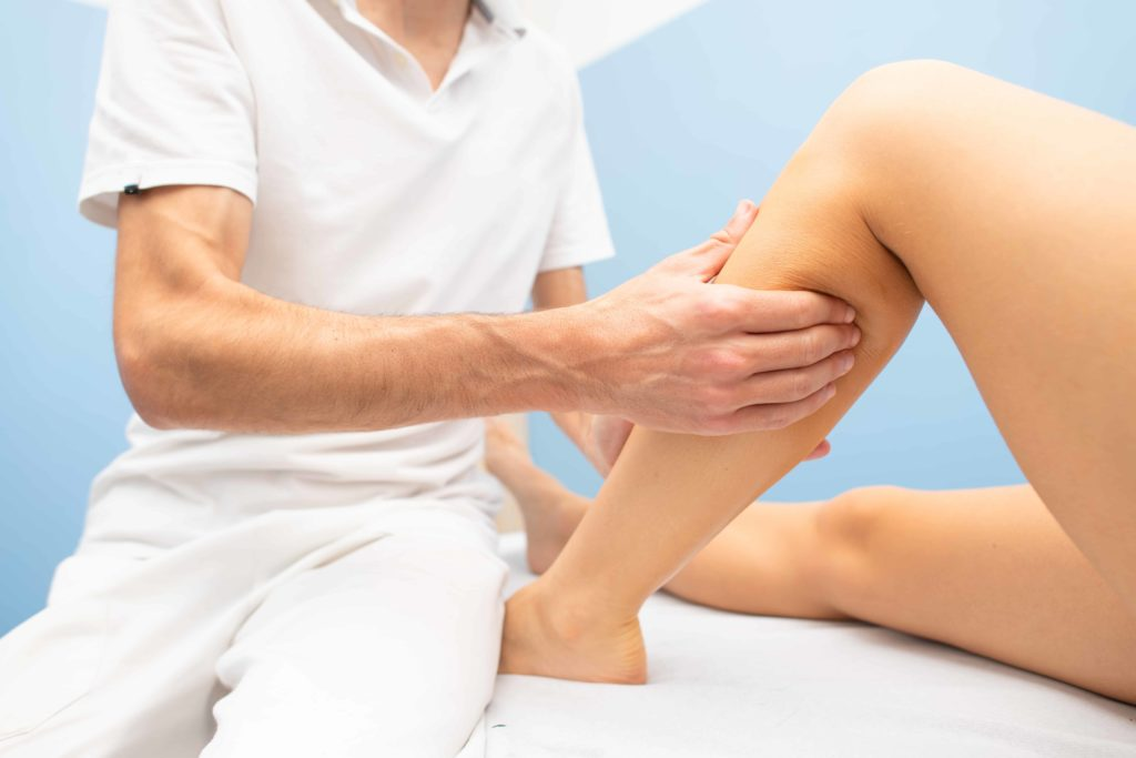 delicate-calf-massage-L52XCKB (1)