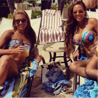 sydney-leroux-alex-morgan